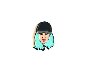 """Kylie Jenner """"King Kylie"""" Pin"""
