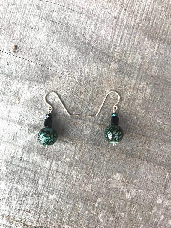 Small green/black glass crackle dangle earrings