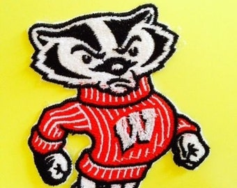 """Wisconsin Badgers """"Bucky"""" Embroidered Iron-on Patch"""
