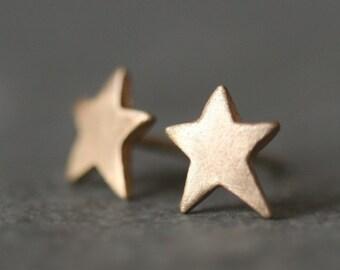 Star Stud Earrings in 14K Gold