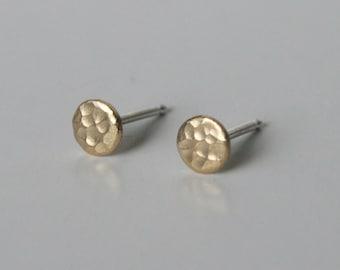 Textured Brass Dot Earrings, Gold Dot Stud Earrings, Gold Earrings, Brass Earrings, Dot Earrings, Everyday Earrings, Minimal Jewelry, Silver