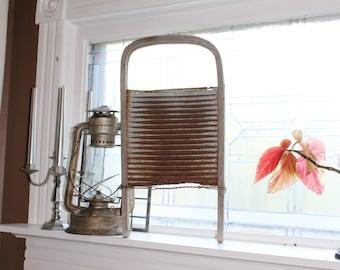 Primitive Washboard Antique Farmhouse Decor