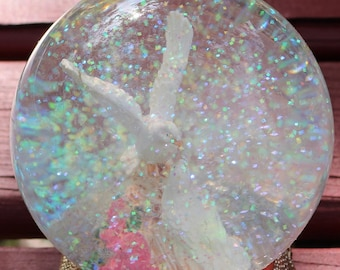 Vintage New Doves Sitting On Flowers Glitter Water Ball