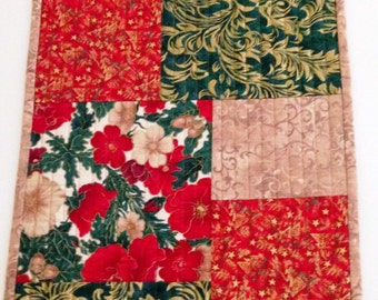 Christmas Quilted Table Runner Red and Green, Quilted Christmas Table Decor, Fabric Table Runner, Table Runner Quilt, Quiltsy Handmade
