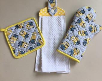 Minions, Fabric Pot Holder, Oven Mitt & Kitchen Towel, Kitchen Set, Pot Holder Set, Hanging Dish Towel, Fabric Oven Mitt