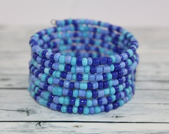 Blue and turquoise glass beads memory wire bracelet