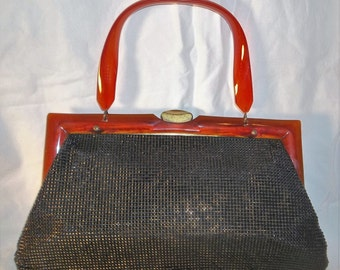 Whiting & Davis Black Mesh Handbag Duramesh Bag Vintage 50s Purse Bakelite or Lucite Handles Metal Frame Kiss Clasp