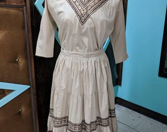 Vintage 1940's/50's 2 piece top and circle skirt