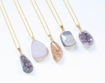 product stone crystal quartz quality vary colors gemstone is you necklace wholesale good express this notice slightly pendant guarantee we different sizes while allowing natural a to therefore