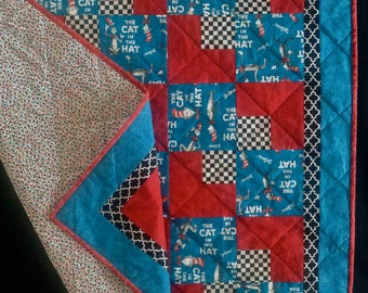 Modern-Traditional Quilt - Cat in the Hat w/Dr. Seuss for Baby/Toddler/Youth/Comfort Size/Crib/Snuggle