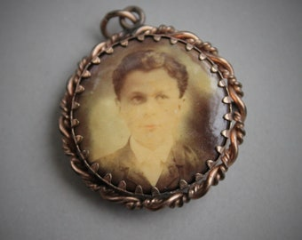 Haunting Edwardian Double Sided Photo Locket Pendant / Antique Children Photographs