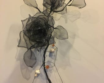 Two roses and a vase. Wire and mesh art. Wire and mesh sculpture. 100% Handmade. Wall decor. Wire and Mesh Rose. Wire and Mesh Vase. 3D