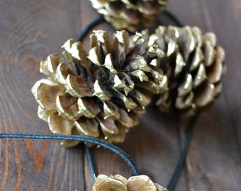 Gold Pine Cones Rustic Garland/Handmade/Natural PineCones/Pinecone Ornaments/Valentines Day Decor/Rustic Wedding Garland/Fireplace Decor
