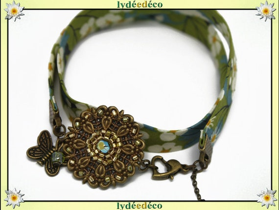 Retro bracelet Pastel print White Pearl Lime yellow green liberty Flower Butterfly bronze Japanese glass