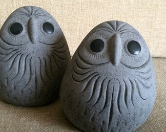 Pair of Mexican Owls Rare Solid Gray Simple MOD 1960s 60s 1970s 70s Tonala Mexico Style Pottery Ceramic Clay Figurine MCM Eames Home Decor