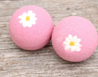 Bath Bombs, Bath Bubbles,White Tea Ginger Bath Bombs, Gifts for Her, Gifts for Mom, Birthdays, Christmas, Home and Living, Spa Gifts