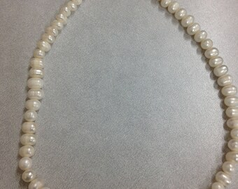 Freshwater beaded white pearl necklace