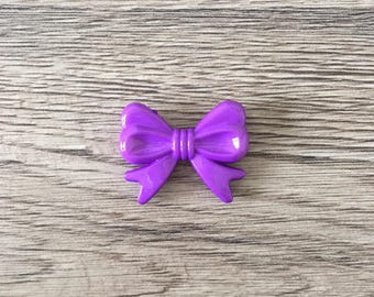Pearl bow shaped acrylic - purple