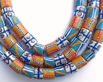 54 various beads of glass from Ghana - mixgb56