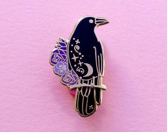 Crow enamel pin Crow lapel pin Bird pin Horror pin Raven pin Goth pin Witchcraft pin Witchcraft lapel pin Black pin Animal pin Magic pins