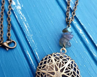 Essential oil diffuser necklace, aromatherapy necklace, locket and labradorite