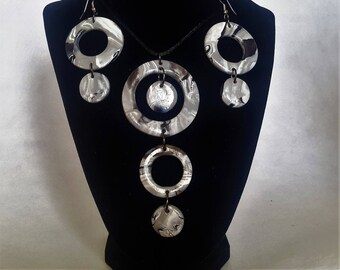 Grey Marbled Ring Pendant and Matching Earrings