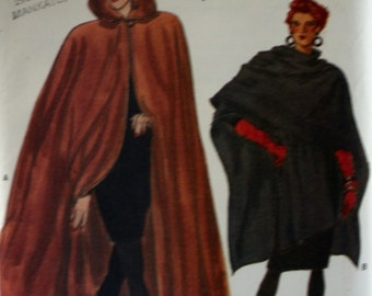 Vogue 7110 - Misses Cape - Sewing Pattern - New - Unused - Size P-S-M