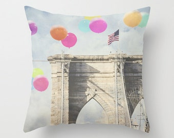 Brooklyn Bridge pillowcase - Chic Home Decor  - Vintage Photograph throw pillow - Balloons Over the Bridge