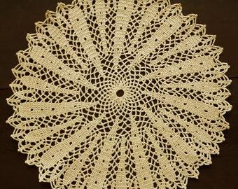 Round crochet doily No.18