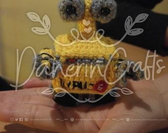 Handmade Wall-e movie Robot Amigurumi | Fabric with crochet-Wall-e crochet Plush Doll | Wall-E Amigurumi | Film Wall-E | Wall-E Movie