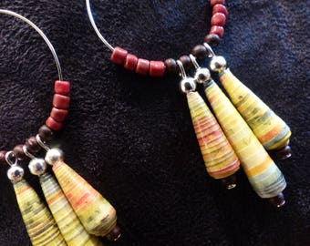 paper bead earring / / Bohemian earrings / / recycled jewelry / / eco-friendly jewelry / / hoops / / gift for her / / bee kouz