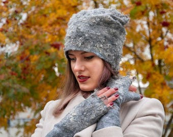 Grey merino wool hat with curls of sheep, Felt hat, felted wool hat, merino wool hat, elegant woman hat, warm winter accessory, GIFT for her