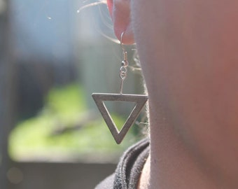 "earrings of concrete | ""3eck"""
