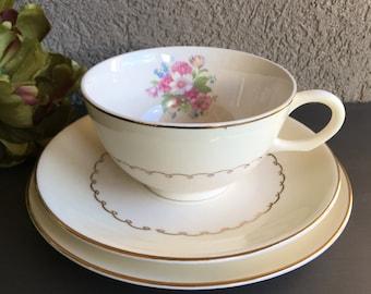 Paden City Pottery PCP 11 Cup Saucer & Bread Plate Cream Pink Floral Teacup Vintage Set ~ #5941