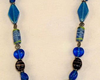 Multi Blue Glass Bead Necklace // Stylish // Casual // Eye Catching // Modern // 20 Inches
