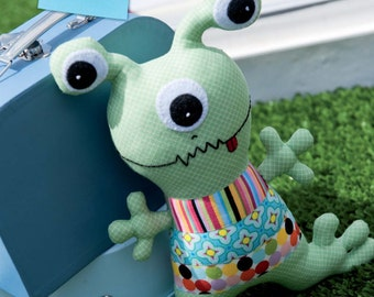 Alvin the Alien Toy Sewing Pattern Download (803771)