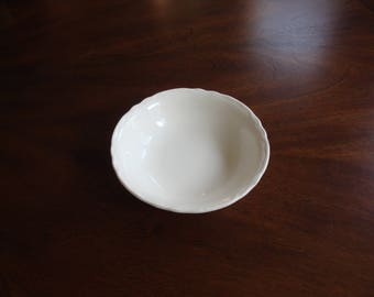 Homer Laughlin REPUBLIC  6-1/2 inch Cereal Bowl!