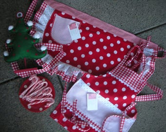Valentine Aprons - Mommy and Me Aprons  - Red Dot Aprons - I Love Lucy Aprons - Mother and Daughter Matching Aprons - Annies Attic Aprons -