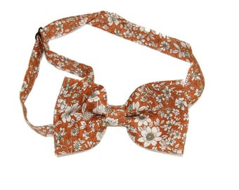 Men's Amber Floral Wildflowers Pre-Tied Bow Tie