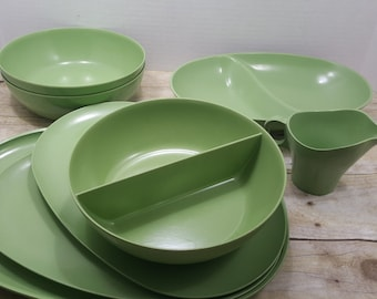 Boontonware Green set, Melmac, Read all descriptions