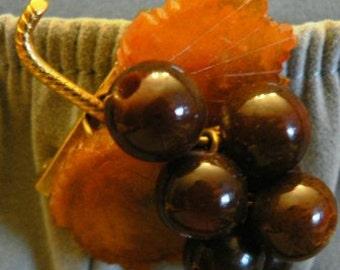 vintage jewels ...   Bakelite carved celluloid DANGLER Leaf BERRY Brooch Pin signed MET    ...
