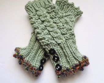 Green Fingerless Mittens, Green Cable Gloves, Wrist Warmers with Buttons, Fuzzy Novelty Edge, Women's Gloves, Texting Hand Warmers
