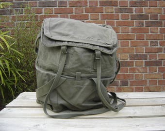 Sac à dos armée. Backpack. Randonnées. Rucksack. France