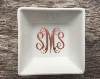 Monogram ring dish Monogram jewelry dish Personalized ring dish Bridesmaid Gift