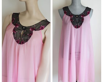 Vintage Short Pink Sheer Nightgown by Kayser Size Small Black Lace Flowers Double Layer Aurora Borealis Rhinestone