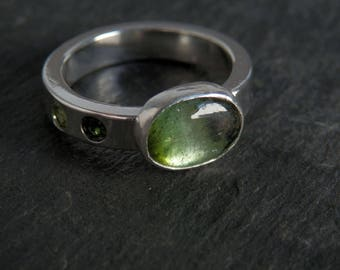 Green tourmaline ring / sterling silver ring / October birthstone / chrome tourmaline / tourmaline jewelry / size 7 ring / gift for her