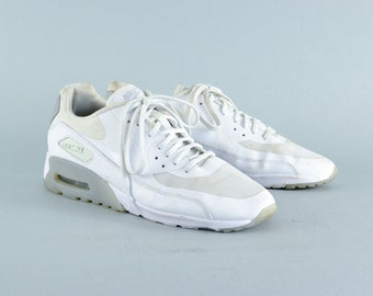 Retro 90's Style Nike White Laced Trainers Sneakers Women's UK 7.5 EU 42 US 10.5