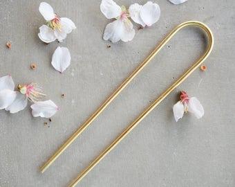 Minimal Brass hair pin, simple brass hair accessory, bun pin, hair holder, hair jewelry