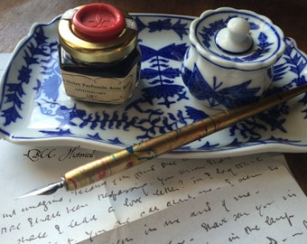 Rose Scented Black Dipping Ink +  Gold Wooden Marbled Nib Pen Set