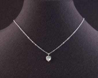 Dainty mother-of-pearl heart necklace